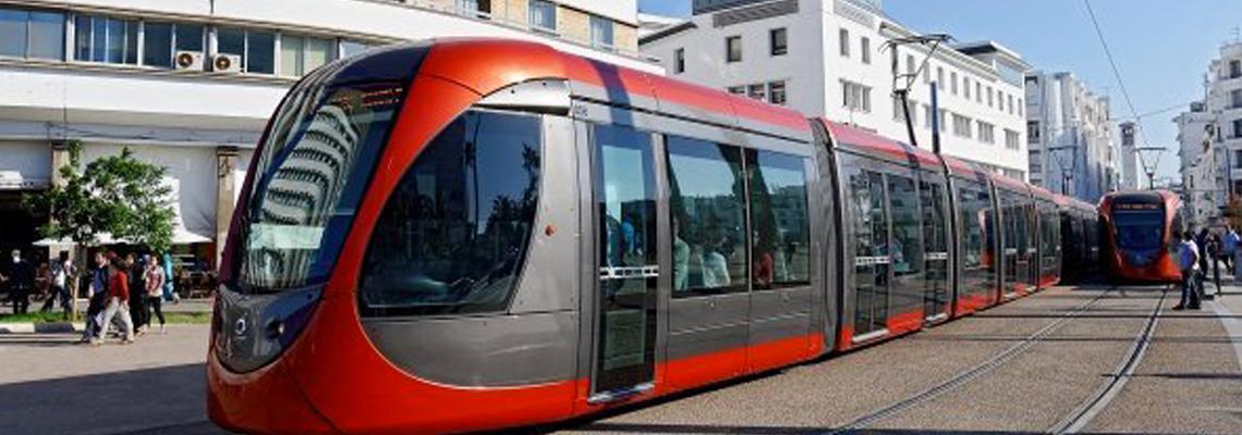 transports en commun, bus électrique, tramway, métro, taxi électrique